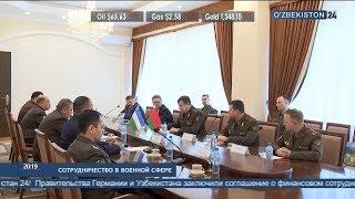 Репетиция военного оркестра Минобороны Узбекистана перед выступлением на Красной площади.