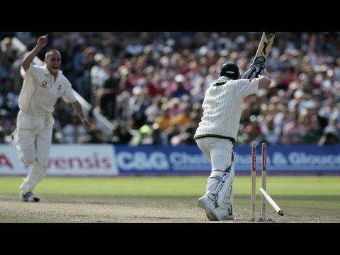 Simon Jones bowls Michael Clarke  Ashes 2005