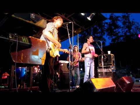 Donna the Buffalo, Positive Friction, 9-4-2011