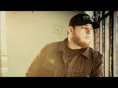 Luke Combs - Does To Me (featuring Eric Church)