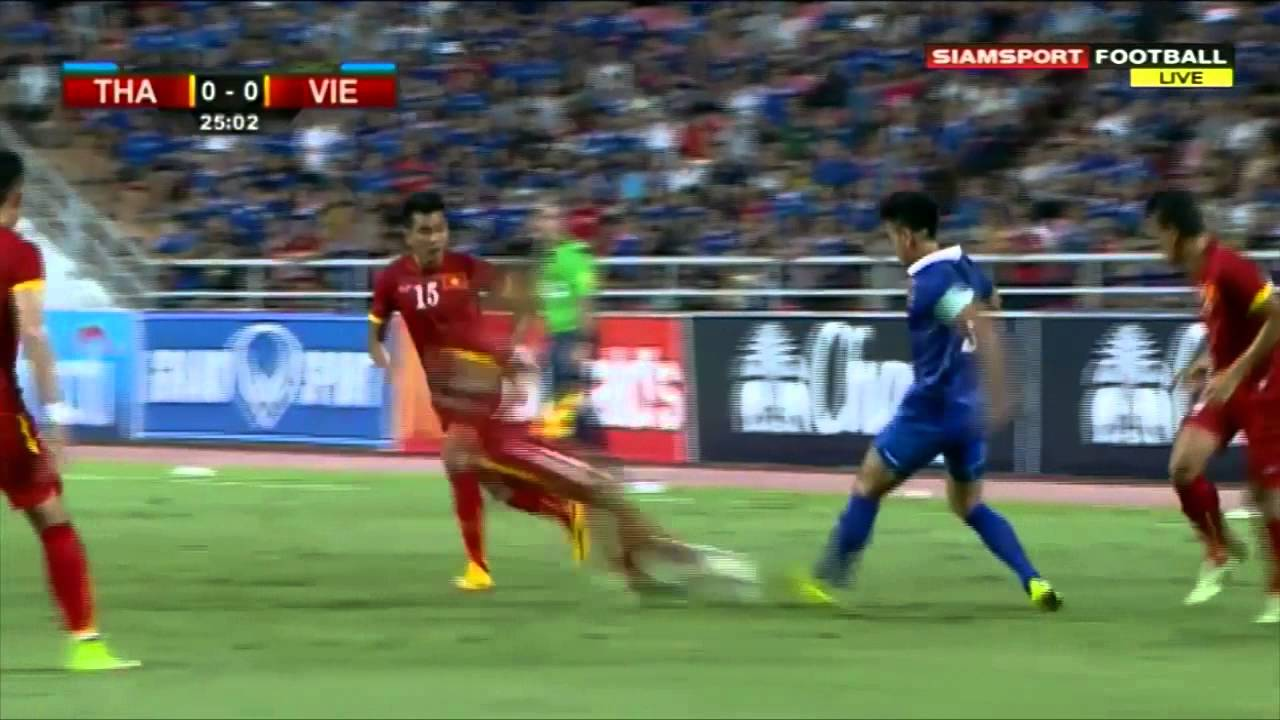 This is the way how Vietnam plays football v Thailand 2018 FIFA World Cup  qualification