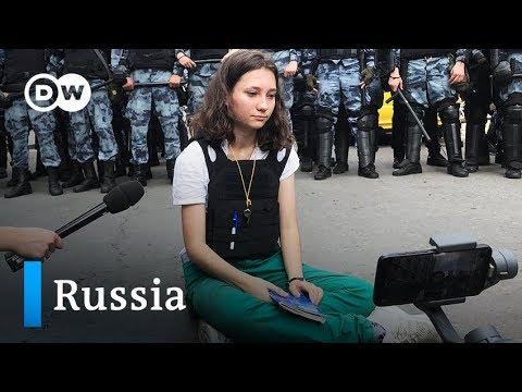 Russia: Demonstrators demand