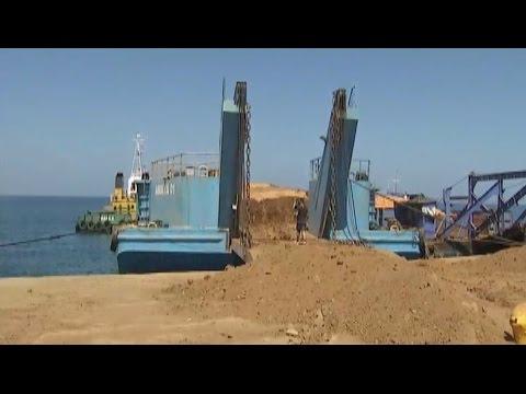 16 truck na may kargang  nickel ore, hinarang ng DENR sa Zambales