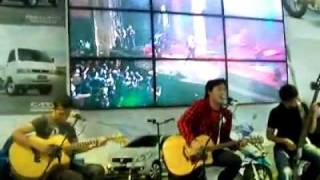 marvells - bila aku (live acoustic at suzuki booth pekan raya jakarta 2011)