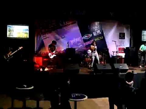 cover paramore careful by INCAT Band (INDIE BANDUNG).3GP