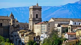 Buy houses with land with visual mountains in Region Abruzzo, Lanciano, Italy