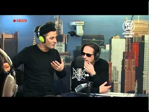 Fiorello e Baldini a radio deejay 1-3.m2ts