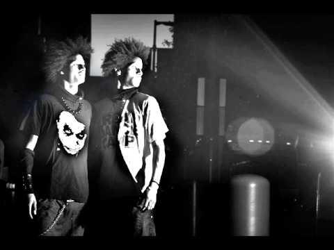 Les Twins - M.O.P - Ante Up (Mrr.Macklemore Remix)