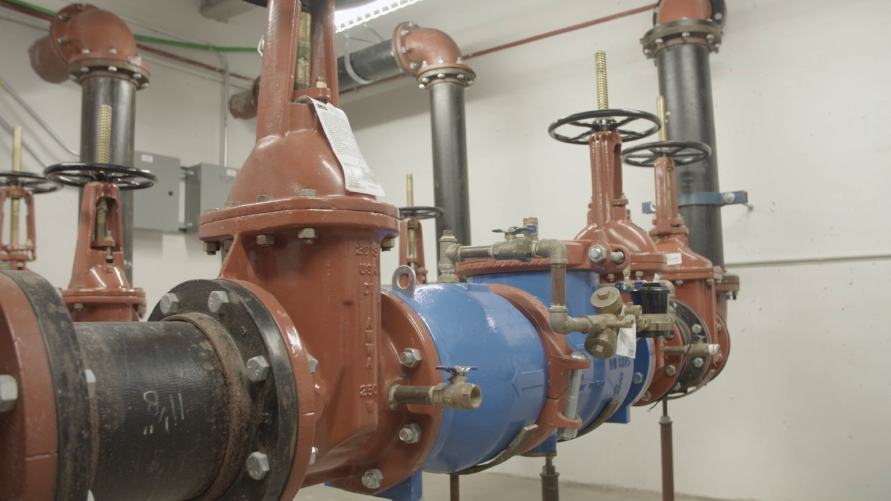 What do Plumbers Do? A Plumbing Trade Career with the UA