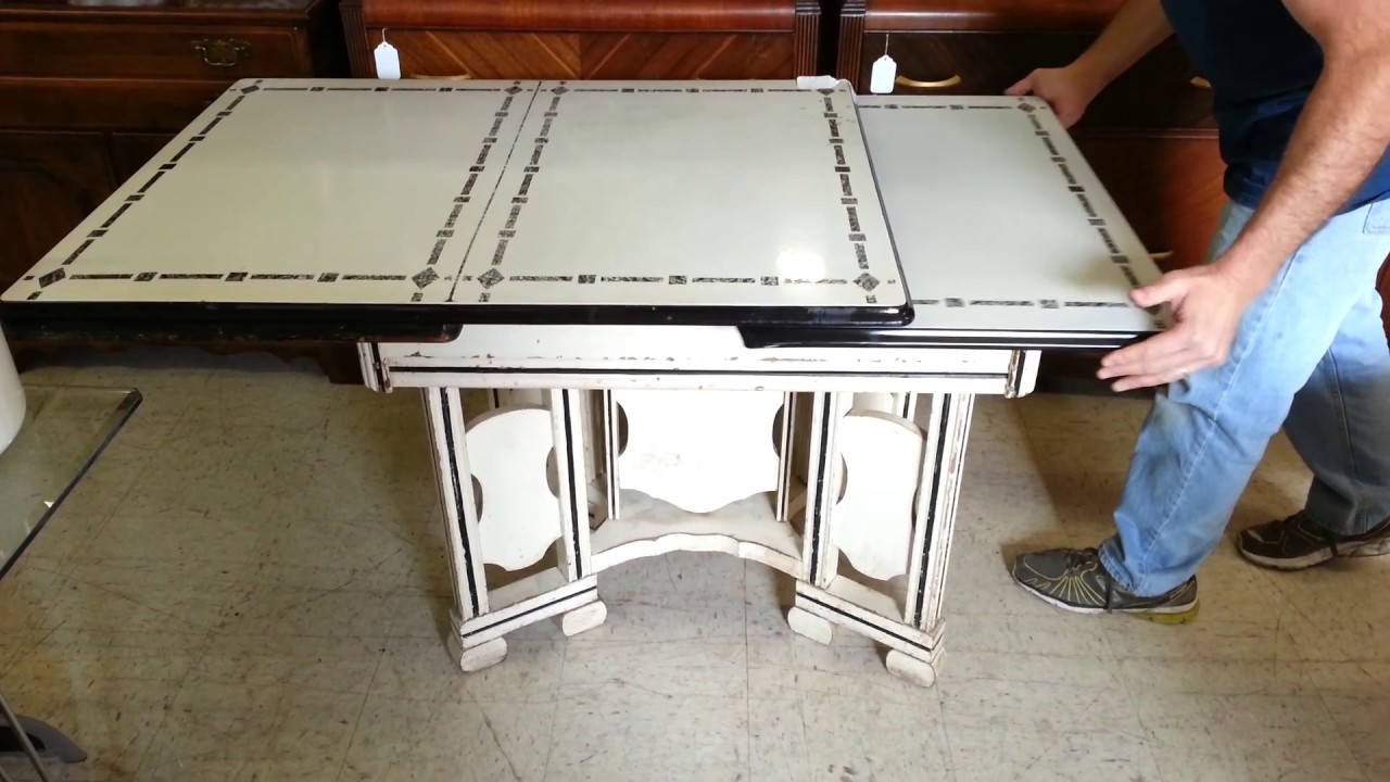 Vintage 1920\'s to 1940\'s Enamel Top Cottage Style Kitchen Table With ...