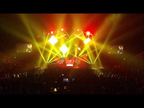 All Time Low - Back to the Future Hearts Tour (Live)