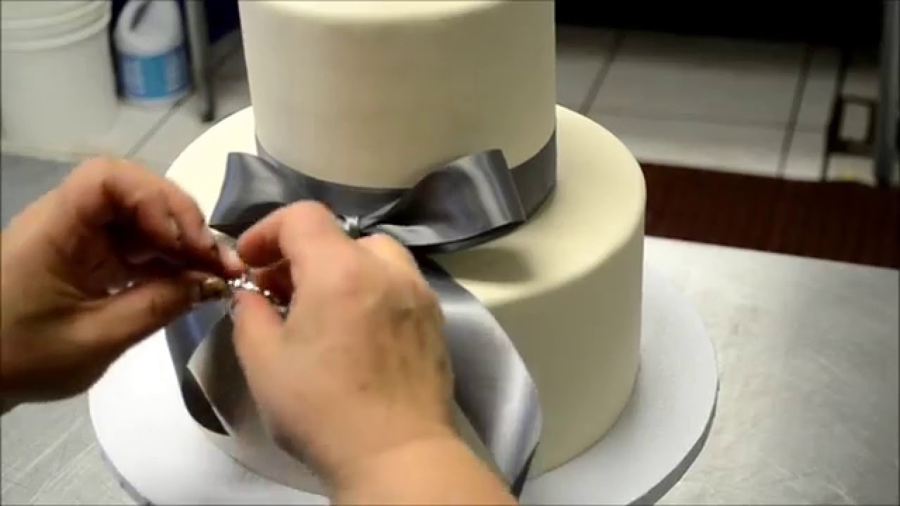How To Make A Simple But Elegant Wedding Cake Youtube