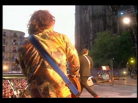"R.E.M. - ""What's The Frequency, Kenneth?""(LIVE @ Cologne, Germany 2001)"