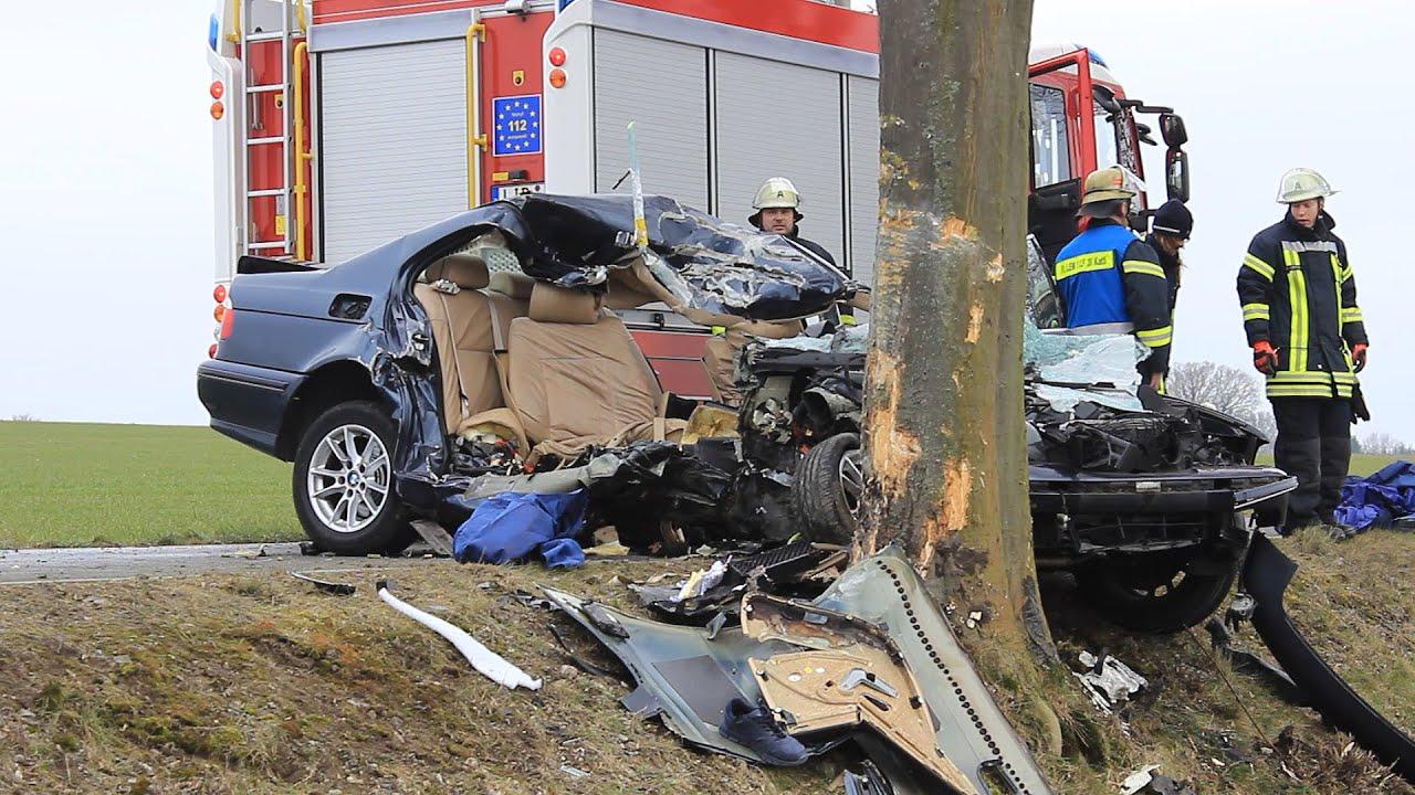 Atemberaubend Unfall Verkehrsunfall Video Zeitgenössisch ...