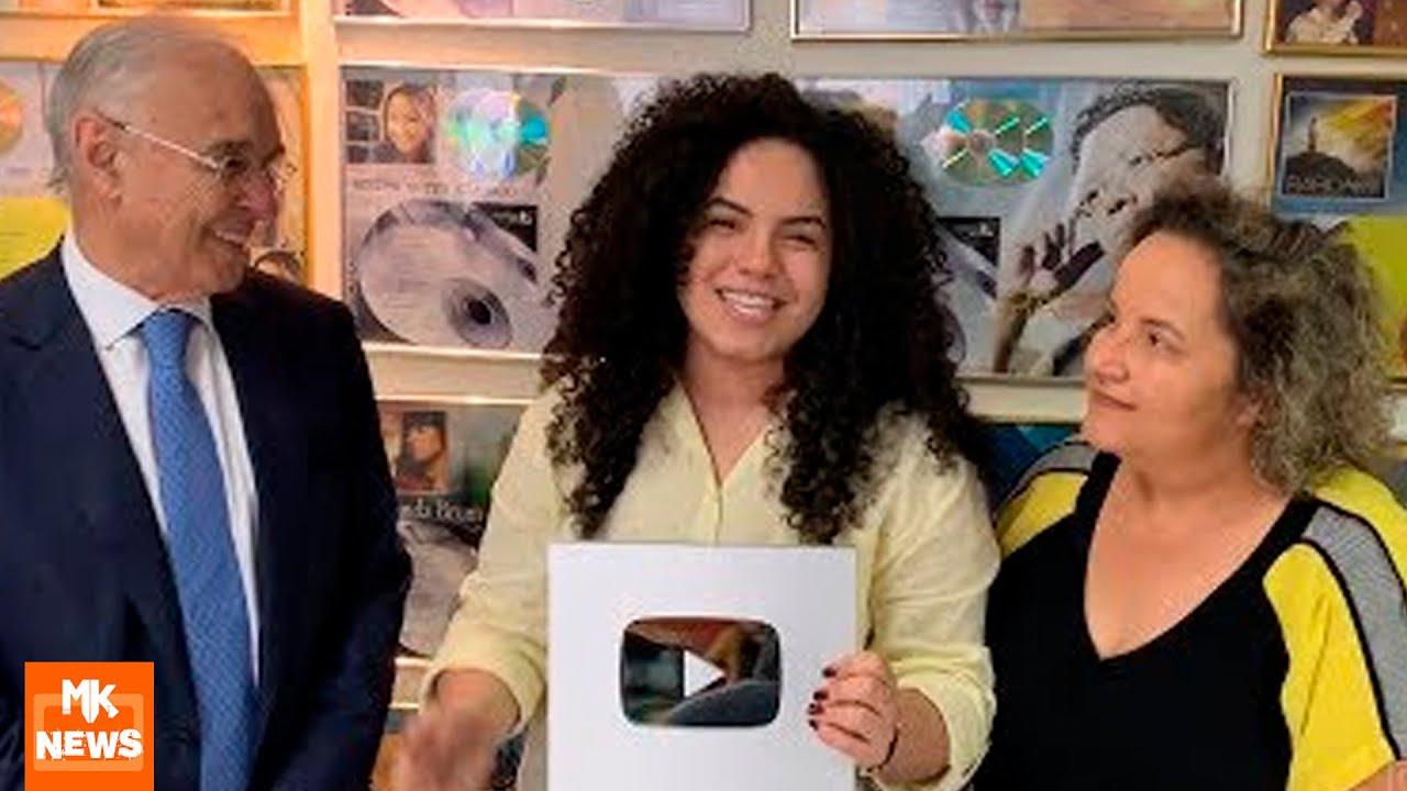 Rebeca Carvalho - Placa 100K no YouTube, lançamento de clipe e novidades (MKnãoPARA)