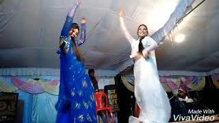 Foreign girl bhojpuri hot arkesta dance