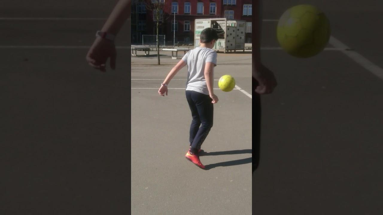 Erster Video Auf Youtube Fussball Challenge