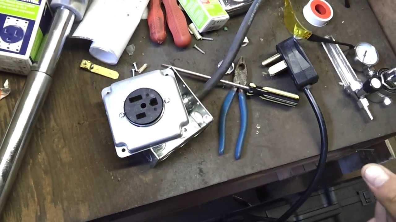Everlast IMIG 200 (Part 3 = Installing a 220V Outlet
