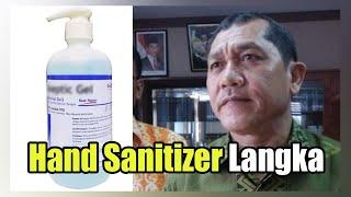 Baca selengkapnya di: https://medan.tribunnews.com/2020/03/17/hand-sanitizer-langka-bupati-karo-instruksikan-dinkes-bikin-hand-sanitizer-sendiri selengk...