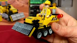 Bric Tek mini bulldozer. Lego compatible