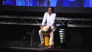 """TEDxPura Vida 2012 - Carlos Vargas """"Tapado"""" - El poder del sonido"""