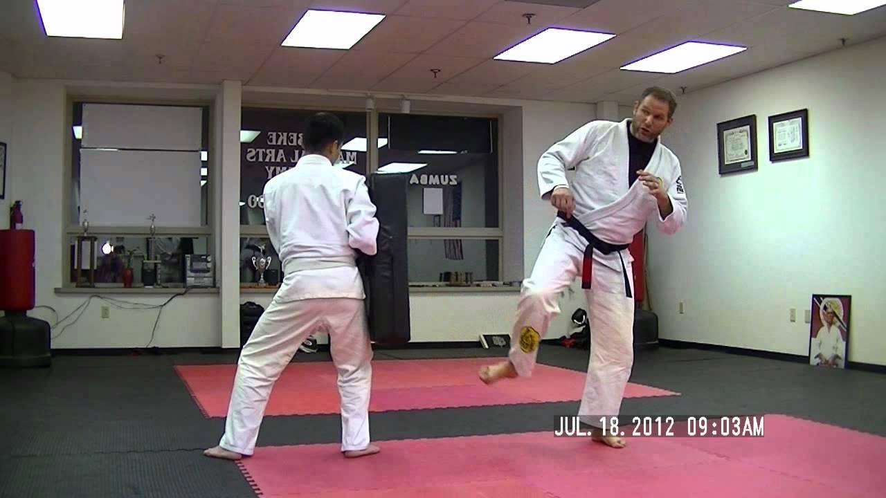 HELIO\'S LESSON 8.2b (18Jul\'12)_Pisao- Side Kick (Surprise Attack ...