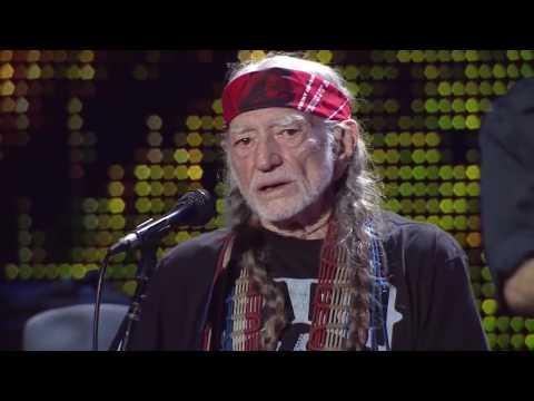 Willie Nelson & Family – Georgia on My Mind (Live at Farm Aid 2016)