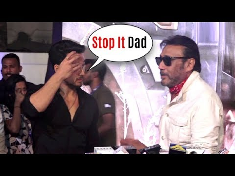Tiger Shroff EMBARRASSED By Father Jackie Shroff At Baaghi 2 Screening