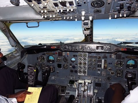 Air Zimbabwe 737-2N0/Adv Cockpit - Engine Startup, Taxi & Departure Rwy 12 from Victoria Falls (VFA)