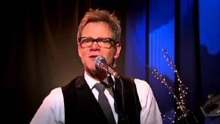 Steven Curtis Chapman Sings Joy to the World
