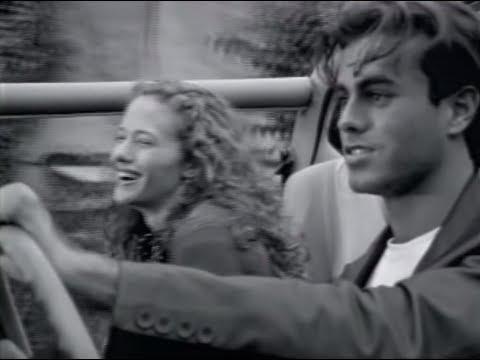 Смотреть клип Enrique Iglesias - Si Tú Te Vas