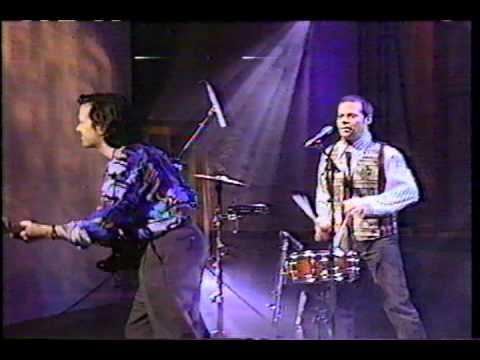 "Violent Femmes perform ""American Music"" Live on television, 1992"