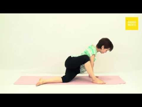 11大腿筋膜張筋のストレッチ