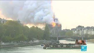 EN IMAGES - Retour sur les 12 dernières heures de l'incendie de Notre-Dame de Paris