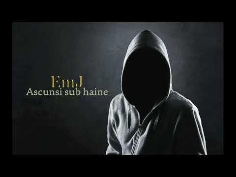 EmJ - Ascunsi sub haine