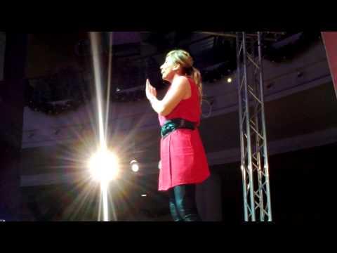 Barbara Foria - Spettacolo di Cabaret al Campania in HD - 26/12/2013