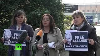 LIVE: European MEPs hold presser outside Belmarsh Prison where Julian Assange is being held.