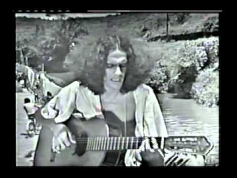 Caetano Veloso 1973 ' Adeus meu Santo Amaro ' + ' Coração vagabundo ' + ' Na minha rua ... '