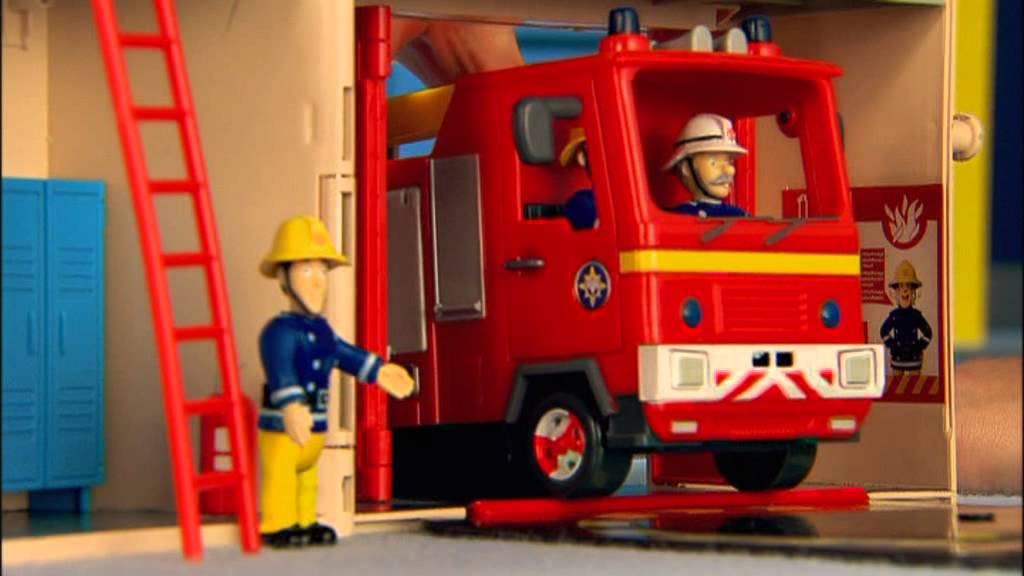 Smyths Toys Fireman Sam Station And Venus Playset