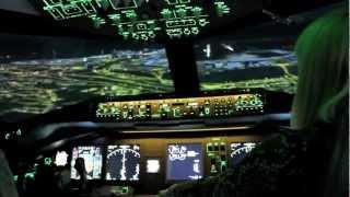 Boeing 777 flight deck training