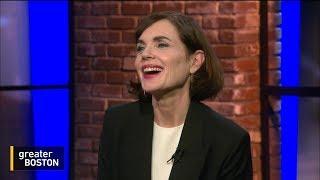 Elizabeth McGovern Acts, Sings, And Talks International Politics