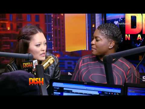 'Pitch Perfect 2′ Stars Dish, Twerk & Of Course…Sing