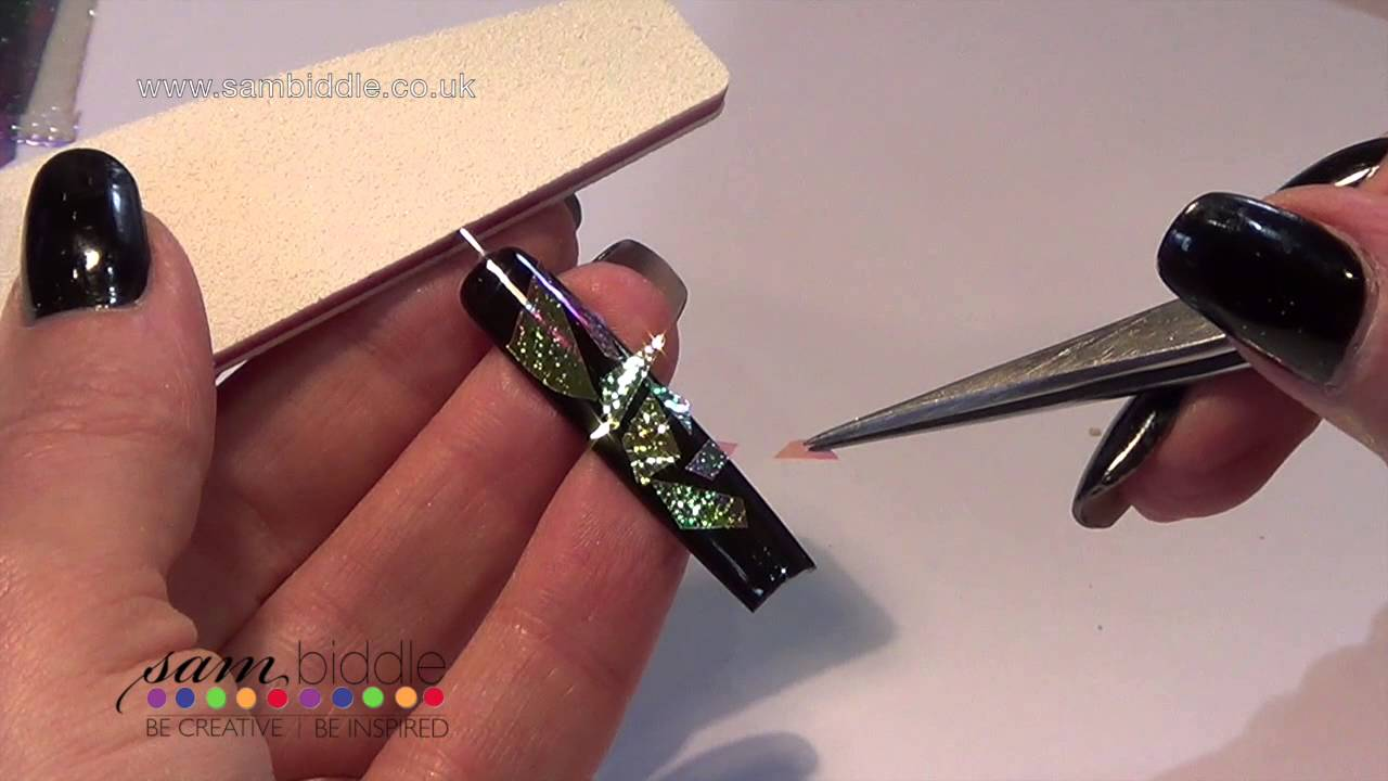 Mirror nail art tutorial video on how to get shattered effect on mirror nail art tutorial video on how to get shattered effect on nails prinsesfo Choice Image