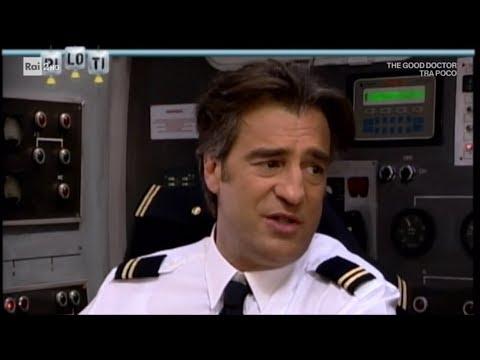 Max Tortora è il comandante Max Conti (Piloti 2006) - Cut 11/01/2019