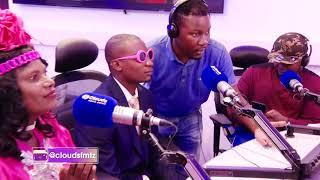GUMZO La Wanandoa Kwenye LeoTena | Mke amzidi Mume kwa Miaka 38 |