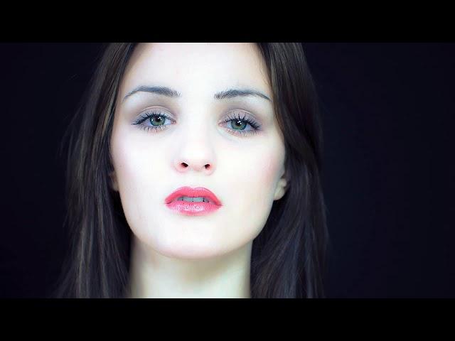 God, She's Beautiful - by Roberto Manzoli