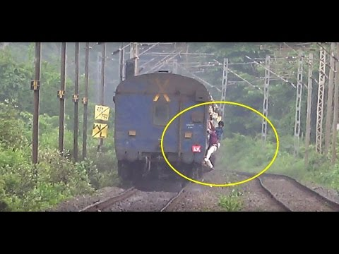 What The Hell Is This ?? Mad Shocking Stunts Aboard Raging Express Train In India !!!
