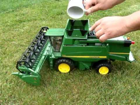 6b82c01a55d John Deere T670i Harvester - Bruder 2132 - YouTube