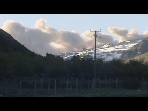 Вулкан Копаве в Чили начал выбрасывать столбы пепла и газа (новости) http://9kommentariev.ru/
