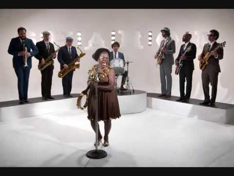 Sharon Jones And The Dap Kings - This Land Is Your Land